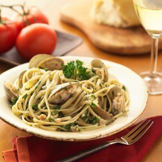 Have you tried our Vongole Pasta with clams and white wine already?  #burlamaccocafe #burlamaccosg #singaporeeats #singapore #singaporeinsiders #exploresingapore