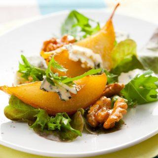 Want something refreshing for starters? Try our Insalata -  Baby Rocket Salad with Parmesan Cheese, Caramelized Walnut & Pear!  #burlamacco #burlamaccoristorante #burlamaccosg #singaporeelite #singaporelife #singaporeeats #singapore #singaporeinsiders #exploresingapore #italiancuisine #italianfood  #singapore