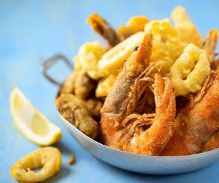 For starter, you will never go wrong with our Fritto Misto -  Crispy Calamari, Baby Cuttlefishes & Prawns with Arrabbiata Sauce  #burlamacco #burlamaccoristorante #burlamaccosg #singaporeelite #singaporelife #singaporeeats #singaporeinsiders #exploresingapore #singapore