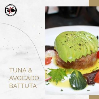 A fan favourite, our Avocado & Bluefin Tuna Battuta is our rendition of the Beef Tartar.  This simple yet distinct combination of freshly sliced tuna topped with fresh avocado is sure to bring  you to the beaches of Tuscany and back with each bite😋